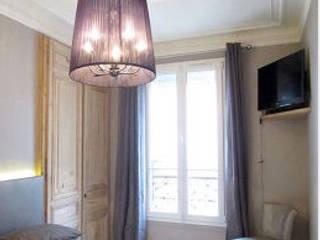 appartement contemporain paris : Chambre de style  par sandrine THOOR