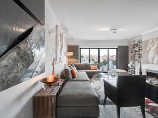 ARQ1to1 - Arquitectura, Interiores e Decoração Living roomSofas & armchairs