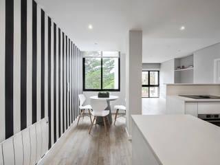 ARQ1to1 - Arquitectura, Interiores e Decoração Modern dining room