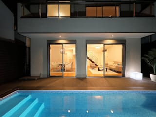 PROSPERDESIGN ARCHITECT OFFICE/プロスパーデザイン Garden Pool White