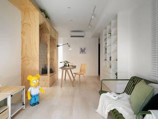 森木木:  客廳 by 寓子設計
