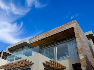 L \ HOUSE \\ Plettenberg Bay \\ Olivier Architects:  Houses by Olivier Architects