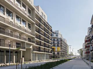 von SMF Arquitectos / Juan Martín Flores, Enrique Speroni, Gabriel Martinez Modern
