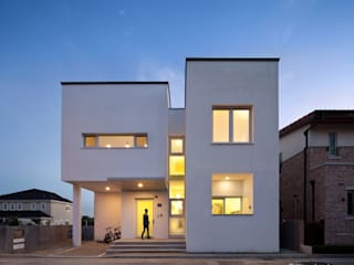 건축사사무소 모뉴멘타 Casas modernas Caliza Blanco