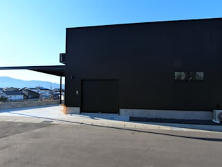 IWADE BESE: 松井設計が手掛けた家です。