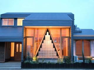 Projekty,  Domy zaprojektowane przez 株式会社高野設計工房
