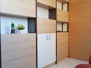 Study/office by Arqca, Modern