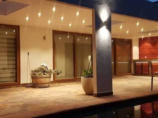 Terraza Mediterranea : Terrazas  de estilo  por Empresa Fatutto