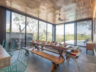 Villa Lagu Tulum: Comedores de estilo  por Obed Clemente Arquitecto