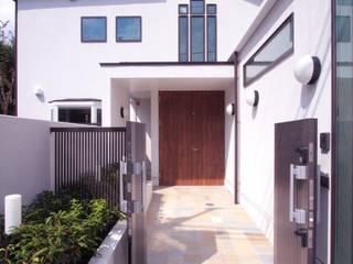 善福寺の家(無垢材と自然素材の2世帯住宅): 中川龍吾建築設計事務所が手掛けた二世帯住宅です。