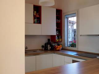 casa Vale: Cucina in stile  di COFFICE