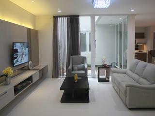 Ruang Keluarga Ruang Keluarga Modern Oleh Exxo interior Modern