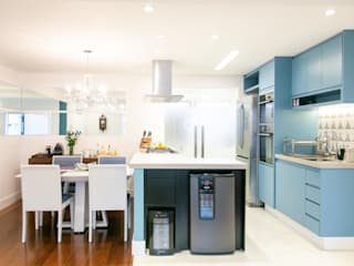 C2HA Arquitetos Eclectic style kitchen