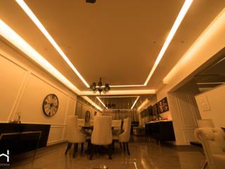 Luxurious 3BHK apartment, Kalyani Nagar, Pune Modern living room by H-Design Modern