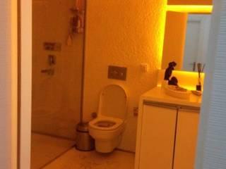 Salle de bain minimaliste par Loft House Tasarım Ofisi Minimaliste