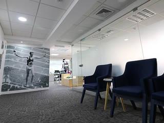 Asics - Oficinas y showroom de GA Experimental Moderno