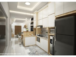Dapur dalam :  Dapur built in by Inspace Studio