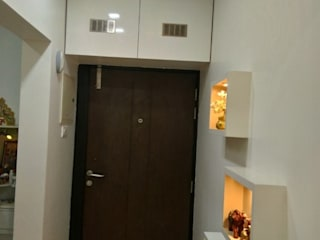 Mr Sandeep Bedekar:  Corridor & hallway by HOMEDIGILAND SERVICES PRIVATE LIMITED