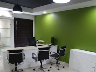Hindustan Unilever Limited Office Modern office buildings by The Design Company India Modern