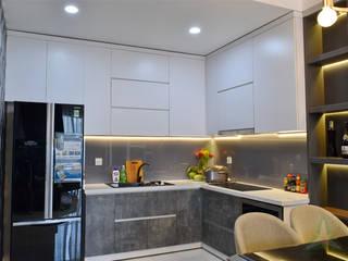 VAN NAM FURNITURE & INTERIOR DECORATION CO., LTD. Modern kitchen
