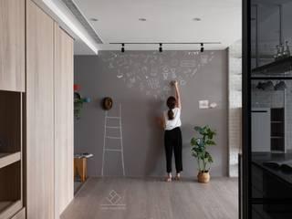 Koridor & Tangga Gaya Skandinavia Oleh 極簡室內設計 Simple Design Studio Skandinavia