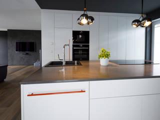 Cocinas de estilo  por hysenbergh GmbH | Raumkonzepte Duesseldorf, Moderno
