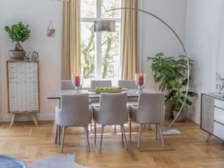 Berliner Altbauwohnung stilvoll eingerichtet:  Esszimmer von Stilschmiede - Berlin - Interior Design