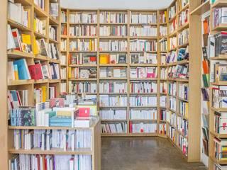 Librairie le Monte en l'air FURN Locaux commerciaux & Magasins Bois massif