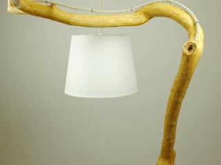 Floor lamp with natural oak branches, Art, wild oak par Meble Autorskie Jurkowski Moderne