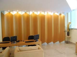 Mercure Casablanca: Corredores e halls de entrada  por Marcelo Sena Arquitetura