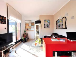 Rehabilitación y adecuación de un piso en Barcelona: Comedores de estilo  de JSV-Architecture