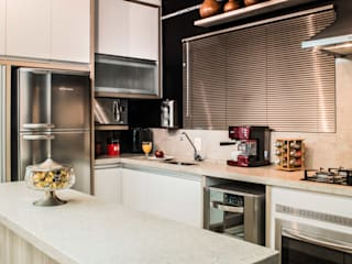Revisite Small kitchens Black