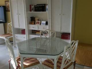 por Qum estudio, tienda de muebles y accesorios en Andalucía