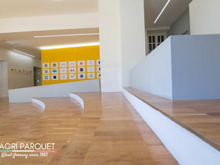 Magri Parquet Modern Corridor, Hallway and Staircase Engineered Wood Brown