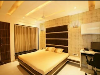 Mr. Thakkar:  Bedroom by HOMEDIGILAND SERVICES PRIVATE LIMITED