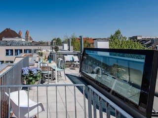 Roof terrace in Munich - Glazed roof access hatch by Staka Premium Minimalist