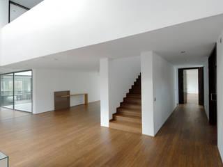 Construir vivienda unifamiliar en Madrid, arquitectura Otto Medem Arquitecto vanguardista en Madrid Suelos Madera