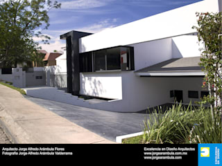 Excelencia en Diseño Detached home White