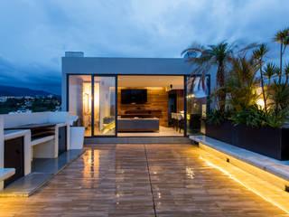 17. ROOF GARDEN : Terrazas de estilo  por TARE arquitectos