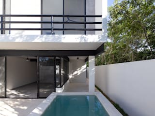 Casas pequenas  por Daniel Cota Arquitectura | Despacho de arquitectos | Cancún,
