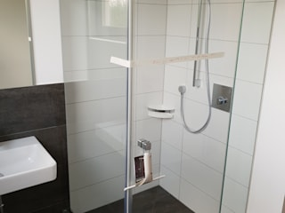 Modern style bathrooms by Glasservice König Modern