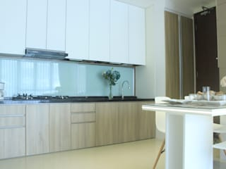 Minimalist kitchen by POWL Studio Minimalist