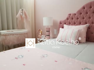 Girls Bedroom by Atelier Kátia Koelho, Minimalist