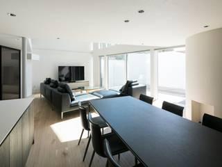 株式会社横山浩介建築設計事務所 Modern dining room