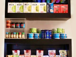 Nutry Store Suplementos Alimentares contato: arquitetura@beecriativa.com.br: Lojas e imóveis comerciais  por Bee Arquitetura Criativa