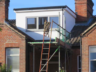 DORMER LOFT CONVERSION 'WALK-IN TERRACE' NR2 3JG من Paul D'Amico Remodels حداثي