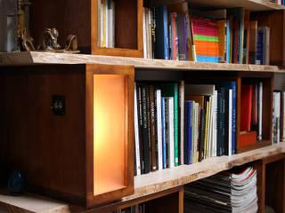 Bibliothèque la Grant Salon moderne par Atelier Concret Moderne