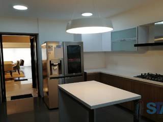 Soluciones Técnicas y de Arquitectura Kitchen units Quartz White