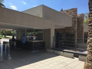 Casas modernas: Ideas, imágenes y decoración de Gustavo Avila, arquitecto Moderno