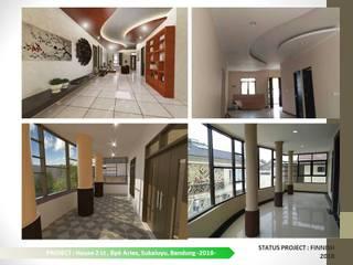DESIGN DAN PENGEMBANGAN RUMAH TINGGAL 2LT DI SIDOMULYO Ruang Keluarga Modern Oleh ARCHDESIGNBUILD7 Modern